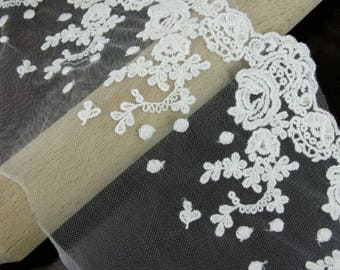 1m Ivory Rose Veil Lace Trim Sewing and Dressmaking Edging 180mm wide LC620