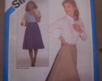 Simplicity 5232, misses back wrap skirt, UNCUT sewing pattern, craft supplies, Size 10-12