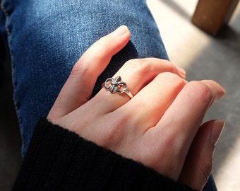 fleur de lis ring, silver fleur de lis ring, fleur de lis jewelry, sterling silver fleur de lis, stacking ring, fleur de lis