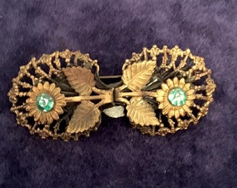 Vintage 1940s early 1950s Flower Brooch Pin 40s 50s Retro Broach with Blue Rhinestones Gold Tone Metal