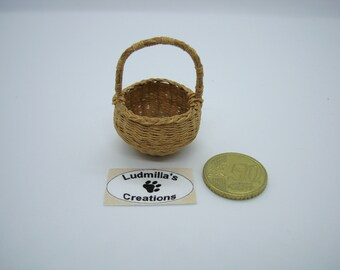 Round Basket for Eggs
