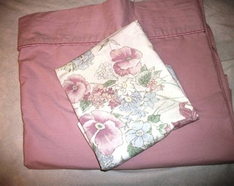 Reduced Twin Flat Bed sheet  Dusty Rose Pink & Pillowcase w flowers   Shabby  Cottage Chic
