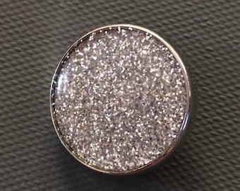 GingerSnap Charm - Silver Glitter Resin - 20 mm