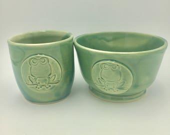 Childs stoneware bowl / tumbler set - Celadon glaze -  frog design - Ceramic - Handmade