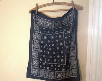 Trunk Up Vintage Blue Bandana square swirl designs fast color 100% cotton 50s Bandana Blue Kerchief