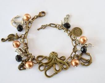 Octopus Dangle Charm Bracelet / Steampunk Bracelet/ Antique Bronze Bracelet / Pin Up Jewelry/ Kraken Charm Bracelet/ Nautical Bracelet