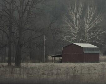 lonley red barn