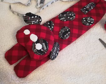 Long Dog Rice Warmer ~ Red Music Plaid