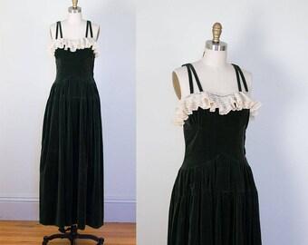 1940s Green Velvet Dress / 40s Gown