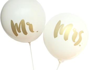 """Mr. & Mrs. 12"""" Balloon - Set of 2"""