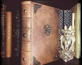 La Storia Infinita, il libro. Rilegato a mano. Neverending story.