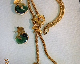 SCHRIAPARELLI Necklace & Earrings.  Bright,beautiful looing like 22K, mint condition