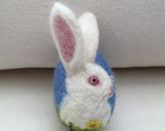 Needle felted Easter egg - Easter bunny