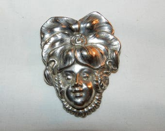 "Woman's face brooch - Vintage Silver-tone pin of a ladies face w/ large flower on head - 2 3/8"" X 1 13/16"" - Women's fashion jewelry   43-41"
