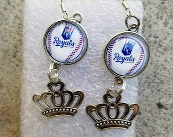 KC Royals dangeling earrings