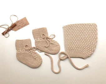 100% cashmere baby set  Pixie Bonnet  hat  and booties color beige sand, hand knitted, size3-6 months - READY TO SHIP