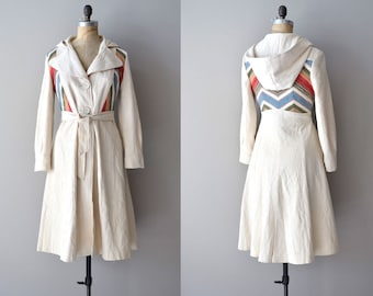 70s trench coat / 1970s belted trench / Day by Day trench