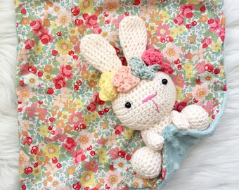 Lapinette blanket baby crochet with fabric wreath
