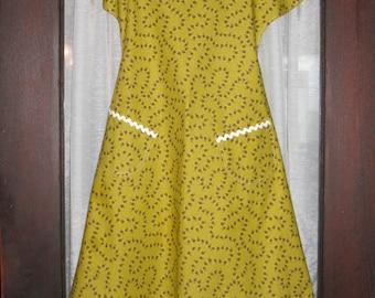 Yellow Print Apron (2 Options)