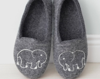 Elephant slippers, grey house slippers, warm gift, wool slippers, natural wool clogs