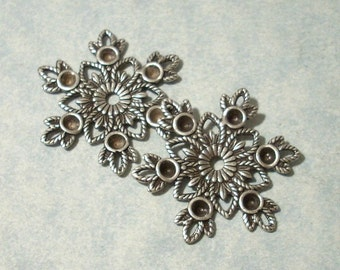 2 - Antique Silver Snowflake Stamping with 2.5mm Rhinestone Settings, Necklace Pendant, Necklace Components