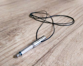 Audio Jack Necklace - Headphones adapter - Silver - A gift for music lovers!
