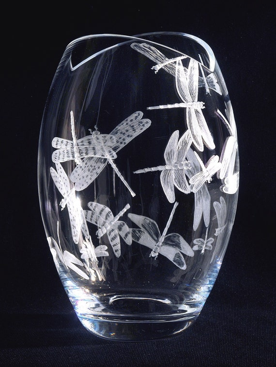 Dragonflyvase, dragonflies, vase, engraved, etched, weddinggift, Bridalshower, mothersday, retirement, vase, crystal, handengraved, bespoke