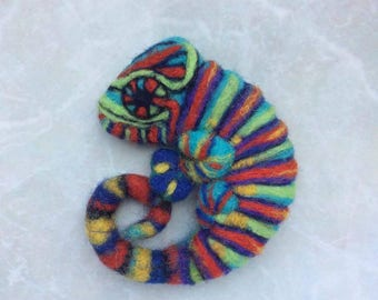 Animal brooch chameleon Bright jewelry for girl Felt animal Felt brooch Cute jewelry for daughter Organic gift for kids Sister birthday gift