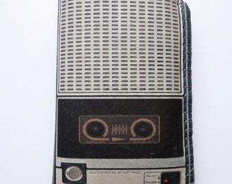 Vintage Voice Recorder iPhone 8 Case, iPhone 7 Case, iPhone 6/6S Case, iPhone 5/5S/5C Case - Retro Portable Tape Recorder