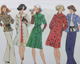 Simplicity 7050 Sewing Pattern 1970's Dress or Top Size Small 8-10 Uncut