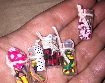 Free shipping**Lot of 5 dollhouse miniature candy jars kitchen grocery 1:12 lot #1