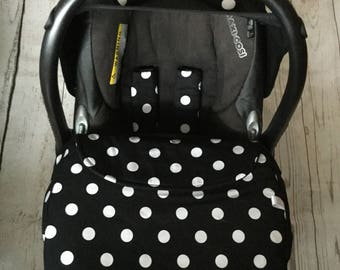 baby car seat apron harness strap covers detachable bow black white spotty polka dotty universal fit new handmade stay on blanket fitted
