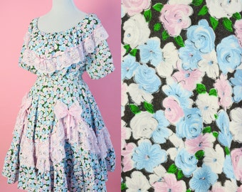Vintage 2 Piece Floral Dress // Pastel flowers, Cottage Chic, Spring, Summer Outfit, Women Size Small-Large