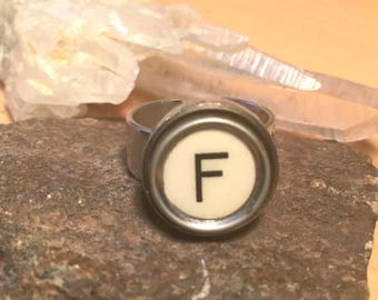 F adjustable typewriter key ring