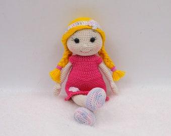 Crochet pattern: Kate the pocket doll