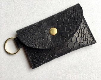 Slim wallet / coin case / Card holder / key case in black snake print cow leather. Black slimline leather wallet. Gift under 25