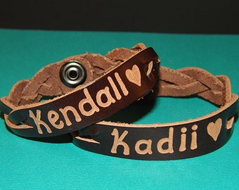 Personalized Couples Bracelets - Custom Leather Name Bracelets - Couples gift - His and her leather bracelelts - Matching couples gifts