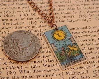 Tarot pendant tarot jewelry The Moon minimalist jewelry mixed media jewelry supernatural
