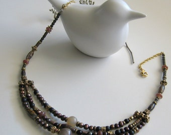 Necklace Beaded and Agate Stone Three-Tier