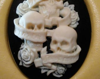 Cameo Cabochon Mold, Skulls Pirate, hear, see, fear no Evil,  Day of the Dead Silicone push mold for resin, polymer clay, sugar