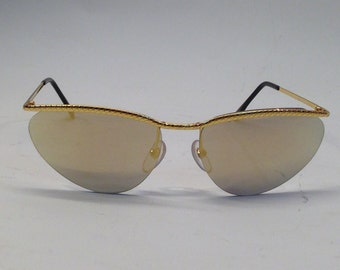 Chloé | Vintage | 1980s | Sunglasses | Cat Eye | Mirror | Gold
