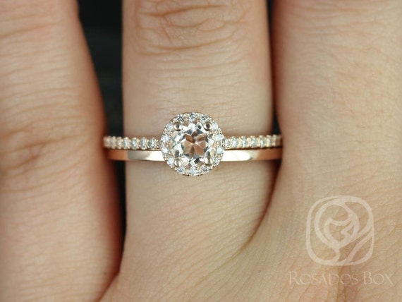 Rosados Box Amanda 5mm & Plain Barra 14kt Rose Gold Round Morganite and Diamonds Halo Wedding Set