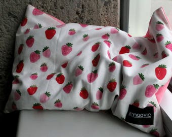 Pillow for babies and toddlers filled with Organic Buckwheat with strawberries