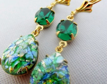 Emerald Green Opal Earrings, Vintage Earrings, Green Teardrop Opals, Gold Opal Earrings, Emerald Green Swarovski Rhinestone Earrings