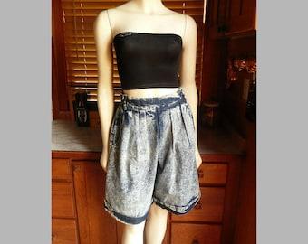 Vintage 80s 90s Cherokee Pleated High Waist Acid Wash Mom Jean Shorts 8 - 10