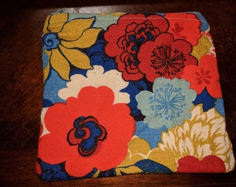 Vintage Fabric - Project Bag / Notions Pouch / Cosmetics Pouch/ Dice Bag - Fully Lined