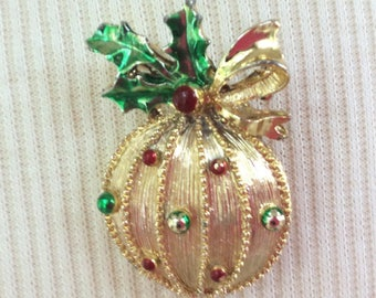 Vintage Christmas Ornament Pin by Gerry's
