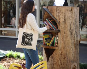 Book Worm Tote Bag - Handlettered Black and White Tote Bag
