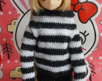 Handmade outfit pullover available for any kind of dolls (pure neemo,momoko, barbie, fashion royalty, pullip, blythe, bjd...)