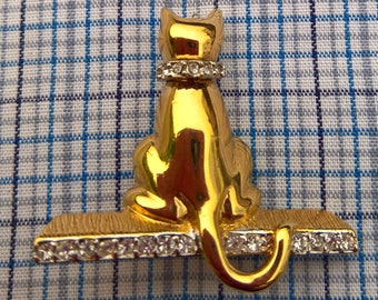 Cat vintage brooch signed  by KEYES with diamante and gold tone finish